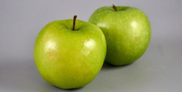 Bild på äpplen av sorten Granny Smith.